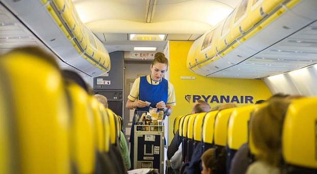Ryanair fa lo sconto sul bagaglio per evitare le code